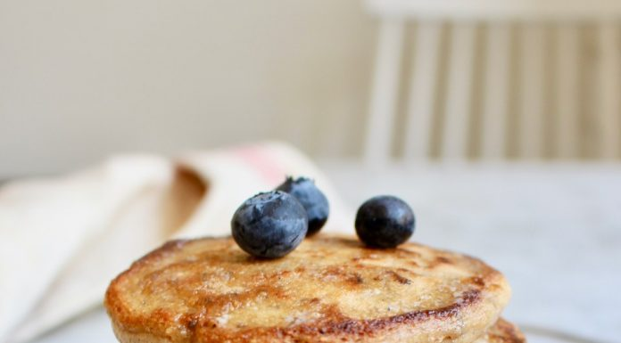 American gluten-free wholemeal pancakes with oats and chia - Nilla's Kitchen